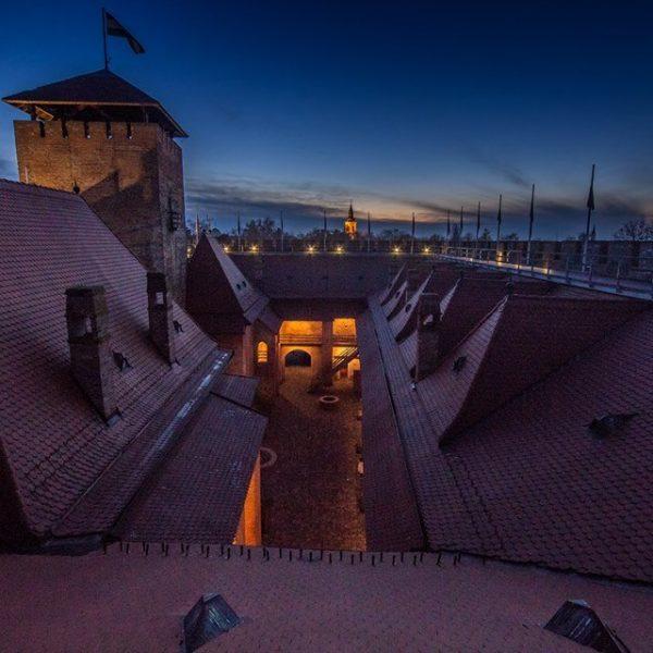 Vasúton díjmentesen utazhatnak a diákok a gyulai várhoz