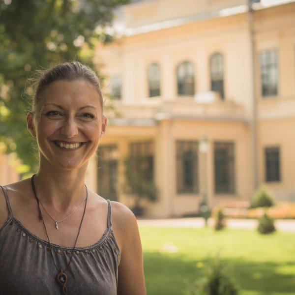 Bauer Barbara: minden kastély megérne egy regényt
