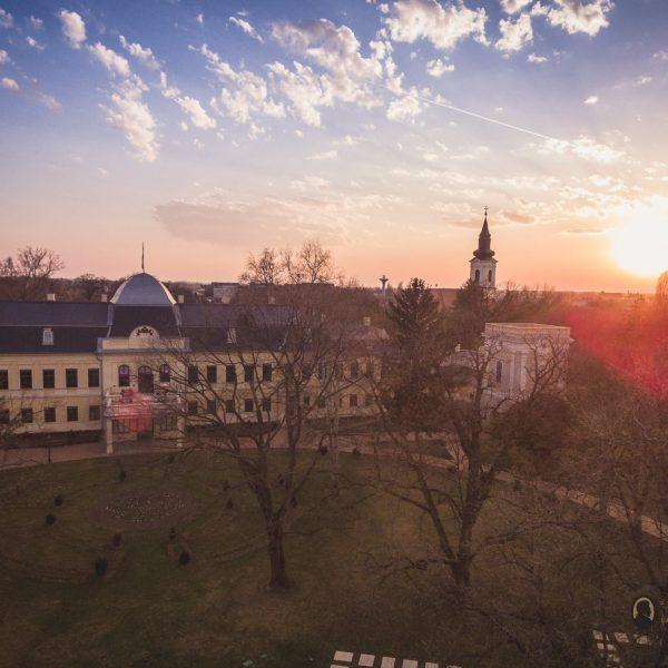Sapka, sál, Almásy-kastély – Garantált programok, garantált szórakozás