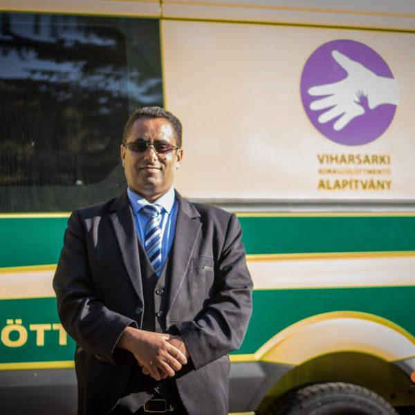 Rövidesen szolgálatba állhat a koraszülött mentőautó