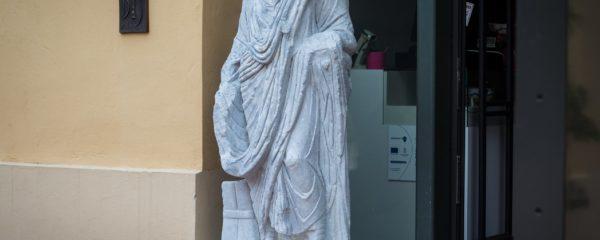 A derék római tisztviselő újjáélesztésének hiteles története