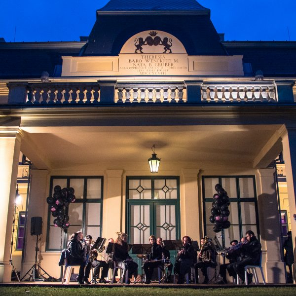 Gyulai tehetségek koncertje a kastélyparkban